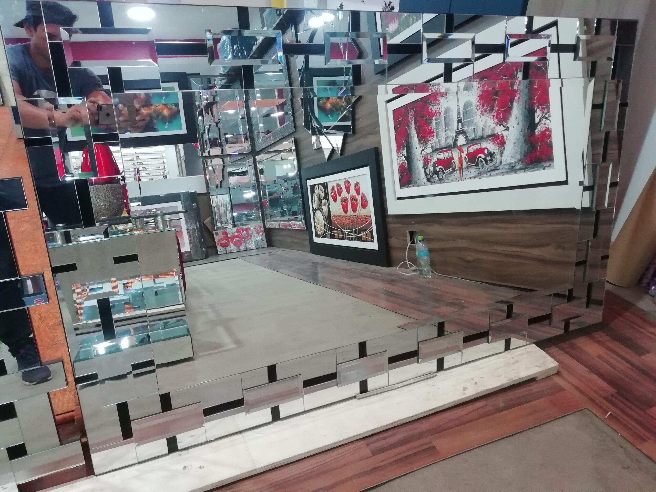 espejo con decoracion de marco con bloques